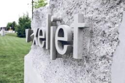 3D gedruckter Firmenstein von voxeljet